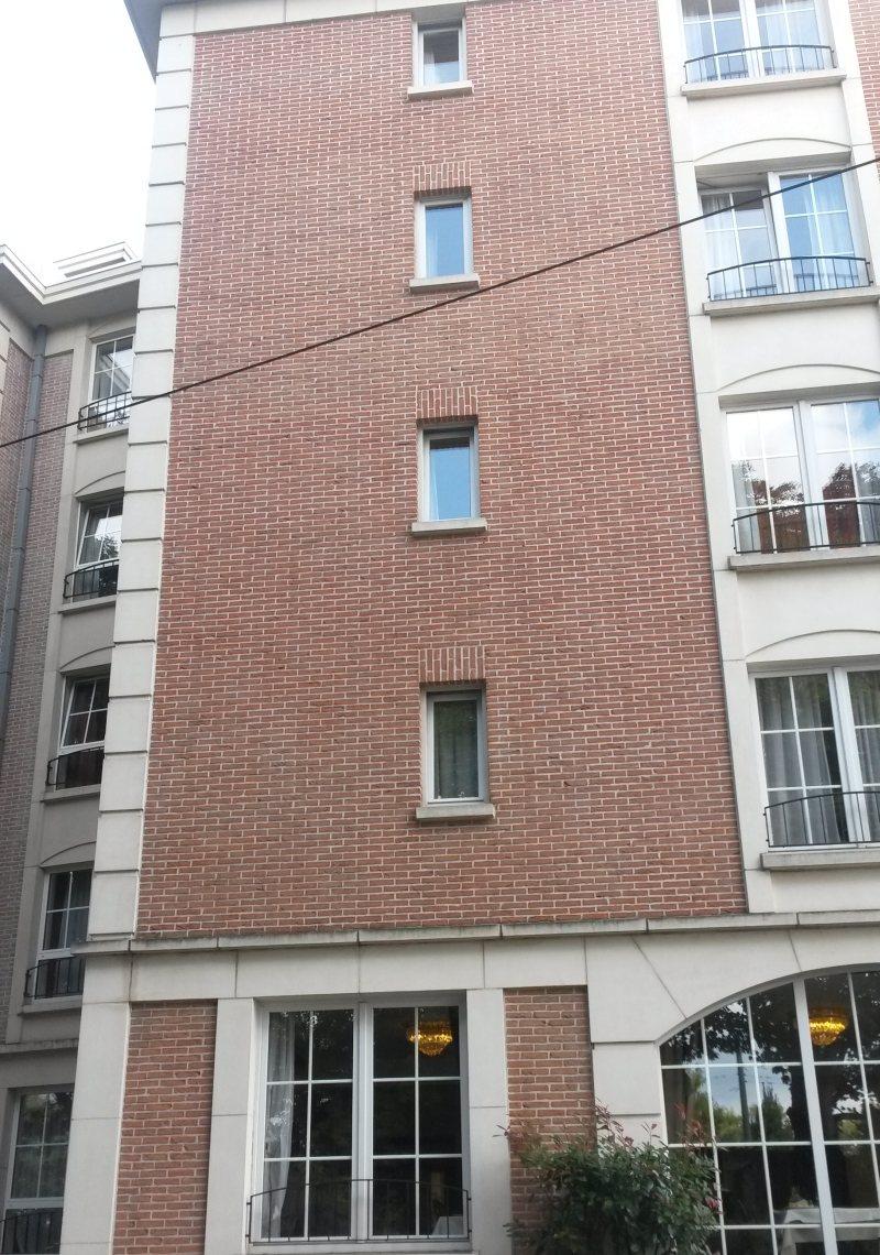 facade brique atinea de chez wienerberger maison passive massive bruxelles. Black Bedroom Furniture Sets. Home Design Ideas